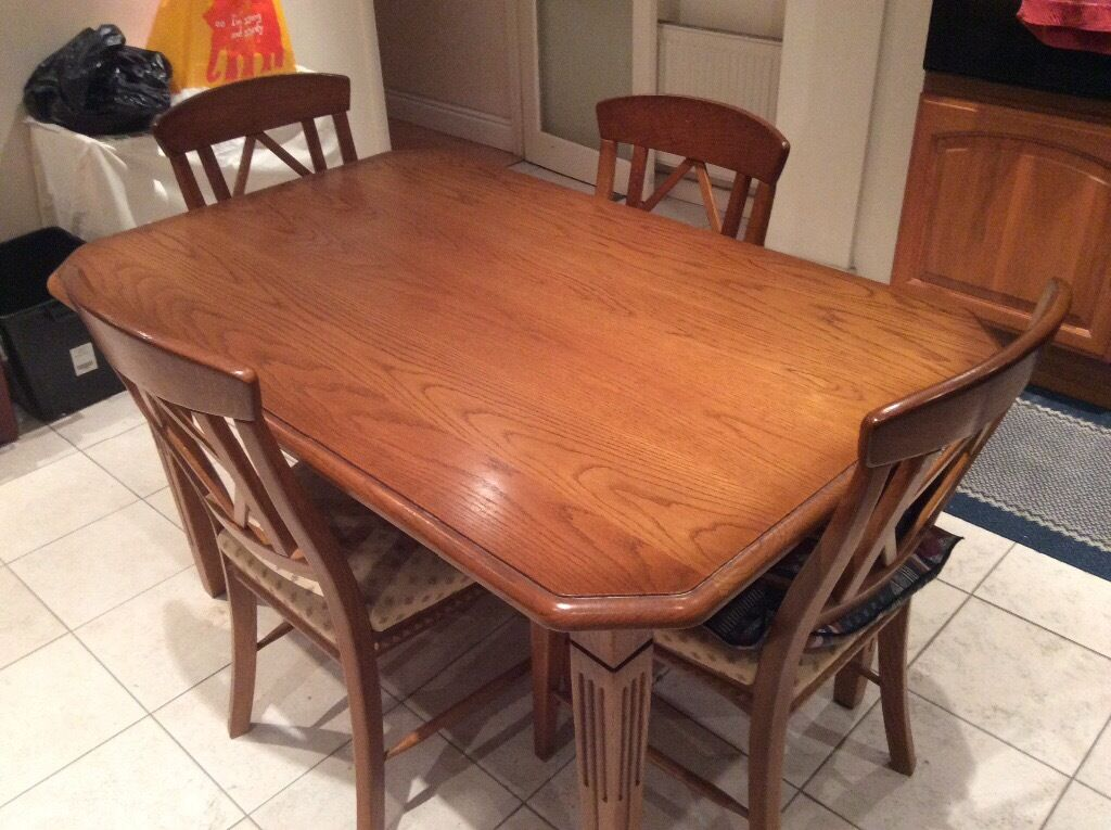 solid oak rectangular diningkitchen table  4 chairs  in