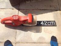 Black&decker hedge trimmer 42cm blade