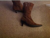 Ladies Clarks Suede brown Boots