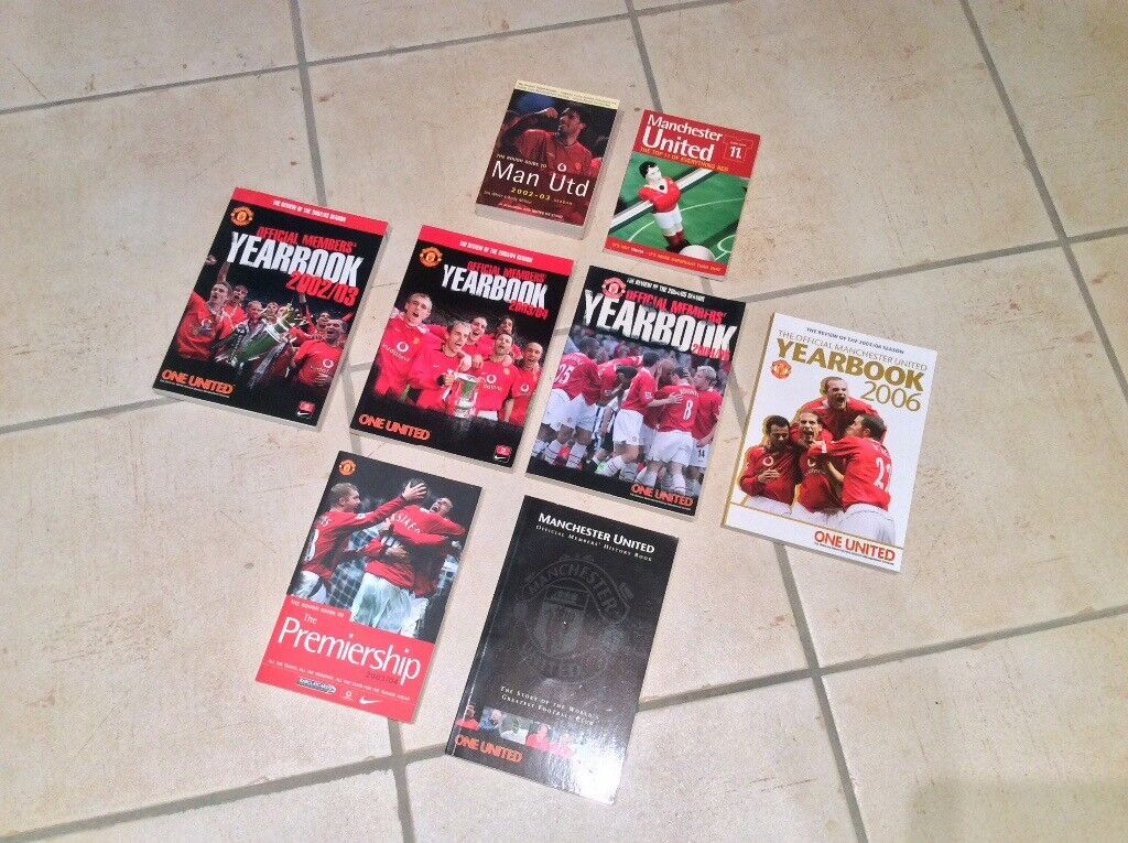 Manchester United Man Utd books - rough guide, yearbook, season preview, etc