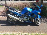 Kawasaki 600cc bike in blue, low mileage