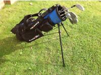 JUNIOR GOLF CLUBS WITH GOLF BAG (6-9 YEARS)