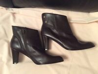 NEW Brown Quality Leather Ankle Boots. Size 37.