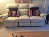 cream 3 seater recliner