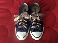 Converse All Stars girl's / ladies trainers adult size 3