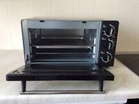 Morphy Richards Table Top Mini Oven with Grill. 1500w