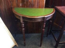 Vintage halfmoon table with drawer