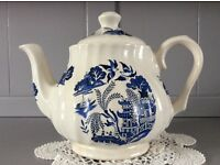 Willow Pattern Blue and White Tea Pot.