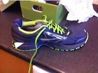 BROOKS GTX TRAINERS - USED ONCE ON A WALK, IMMACULATE CONDITION - SIZE 7
