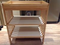 Baby changing table / station