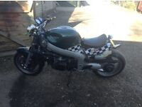 Triumph Sprint ST Fuel Injected 955cc STREETFIGHTER