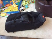 Phil and teds cocoon carrycot, black
