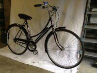vintage bicycle Raleigh Cameo Ladies 3 speed bicycle Year of manufacture 1979