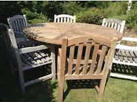 SOLID TEAK - LARGE GARDEN TABLE + 6 ARMCHAIRS * Poss Del *