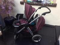 Oyster max 2 special edition vogue damson double pram