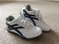 Children size 10 white George trainers, never been worn