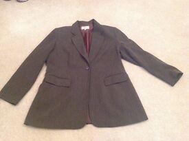 Ladies smart business clothes size 16-18