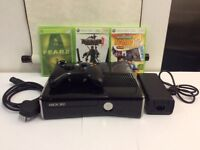 XBOX 360 S IN EXCELLENT WORKING CONDITION !!