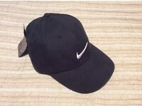 Brand New With Tags Fully Adjustable Black Nike Golf Baseball Cap (with white swoosh logo)
