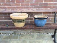 Two plant pots