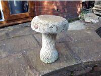 Garden mushroom ornament/concrete seat