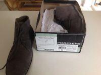 Desert boot in slate grey, size 11
