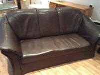Good condition Bargin price 3 Piece suite in brown pretend leather.