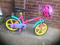 Girls Sindy Bicycle with Helmet (age 4-6)