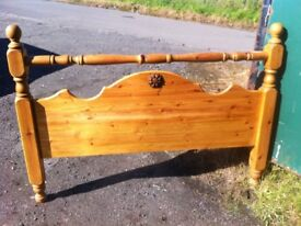 Stunning solid chunky pine double bed headboard in fantastic condition,