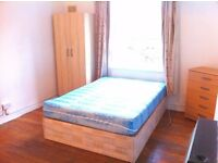 Fantastically Located 1 Bedroom Apartment To Rent In Dalston - 5 Mins Walk From Train St!!