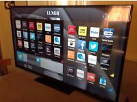 LUXOR 55-inch Smart HD LED TV with built in Wifi, Freeview HD, Screen Mirroring,EXcellent condition