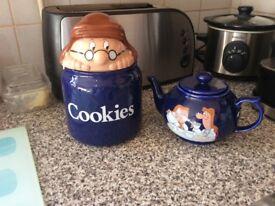 TETLEY TEA MEN TEA POT AND COOKIE JAR?MADE BY WADE.