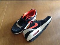 Nike trainers black orange white
