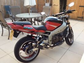 Kawasaki ninja 900cc 02 plate in excellent condition