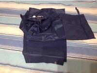 Mens waterproof trousers..never worn ..medium size