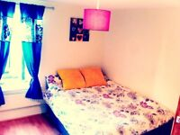 Spacious DoubleRoom in AMAZING HOUSE Woolwich Ars.