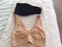 1/2 doz. sports bras.new unused 8/10 £5