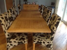 8 dining room chairs very good condition