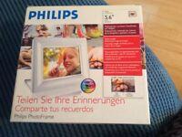 "Philips photo frame 5.6"""