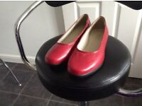 Comfitte extra wide shoes