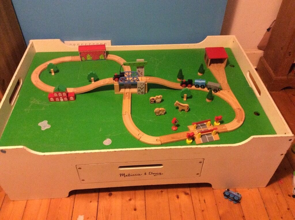 Melissa & Doug Play Table with Brio train set, wood, non-toxic coating, storage drawer, great size