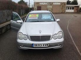 MERC C220 CDI AVANTGDE AUTO-DIESEL-FULL SERVICE HISTORY-PARRIOT BLUETOOTH-TOW BAR-1 OWNER