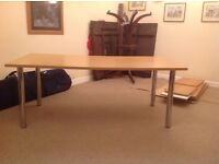 Table large light oak effect with chrome llegs