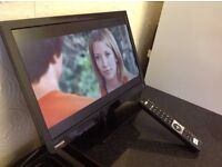 """TOSHIBA 22"""" LED HD TV COMBI with built-in DVD player,Freeview, in excellent condition"""
