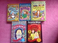 AGE 9-12 YEARS GIRLS BOOKS, JACQUELINE WILSON COLLECTION, FIVE BOOKS HETTY FEATHER SERIES