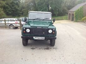 Land Rover defender 90 in good condition. FSH 04, 81,000 miles.