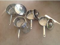 Set of 4 Stellar saucepans