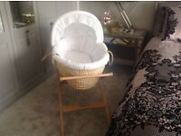 Mamas &Papas Moses Basket with stand