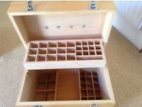 Wooden aromatherapy oil storage box with carry handle