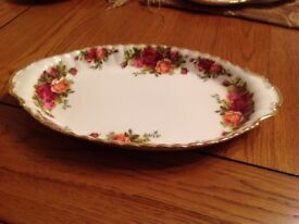 Royal Albert old country rose oval dish